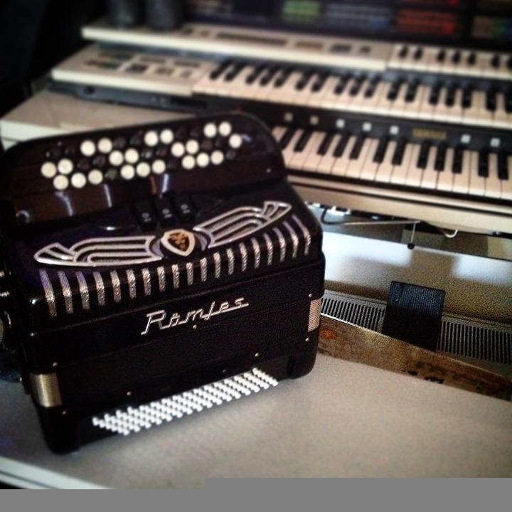 Accordion, Organ, Instrument, Keyboard, Music, Key