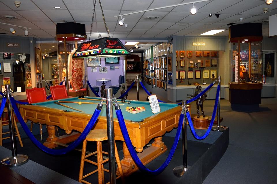Willie Nelson Museum, Interior, Artifacts, Historic
