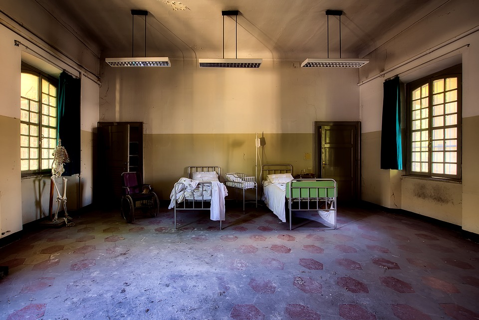 Hospital Room Inside Indoors Interior Abandoned
