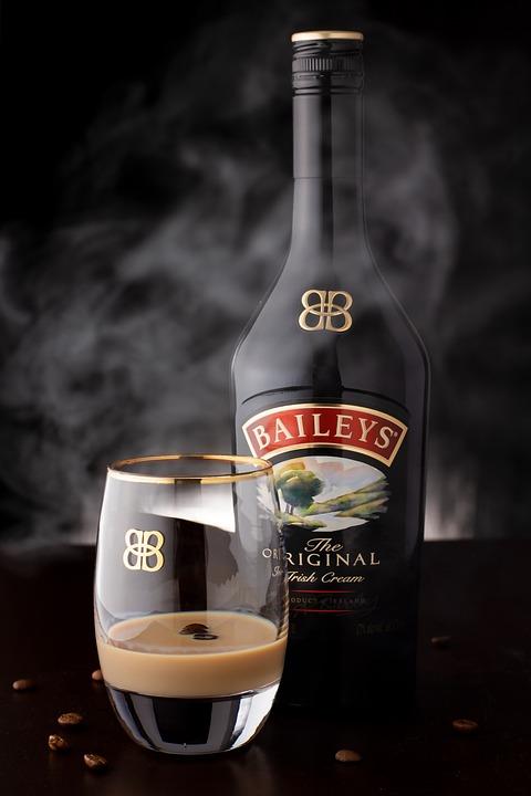 Alcohol, Irish Cream, Smoke, Glass, Drink, Alcoholic