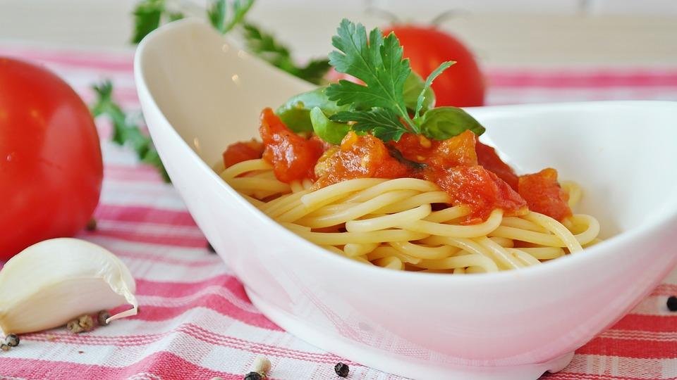 Spaghetti, Tomatoes, Tomato Sauce, Pasta, Italian