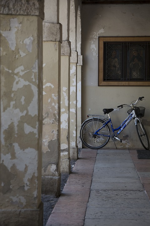 Italy, Lake Garda, Bardolino, Bike, Travel, Italian