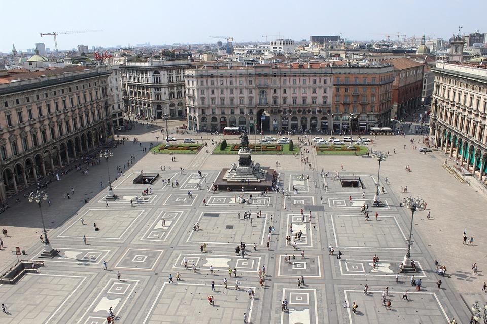 Milan, Piazza Duomo, Italy