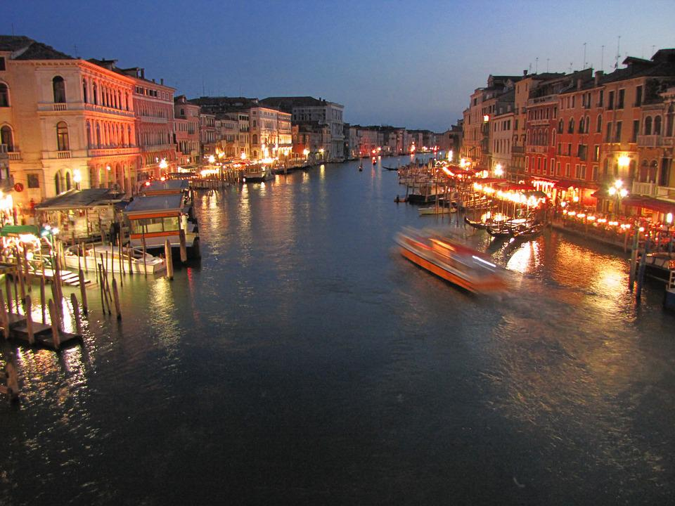 Italy, Venice, Waterway, Village, Accommodation