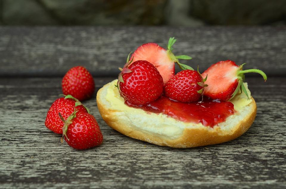 Strawberries, Strawberry Jam, Jam Sandwich, Sweet, Eat