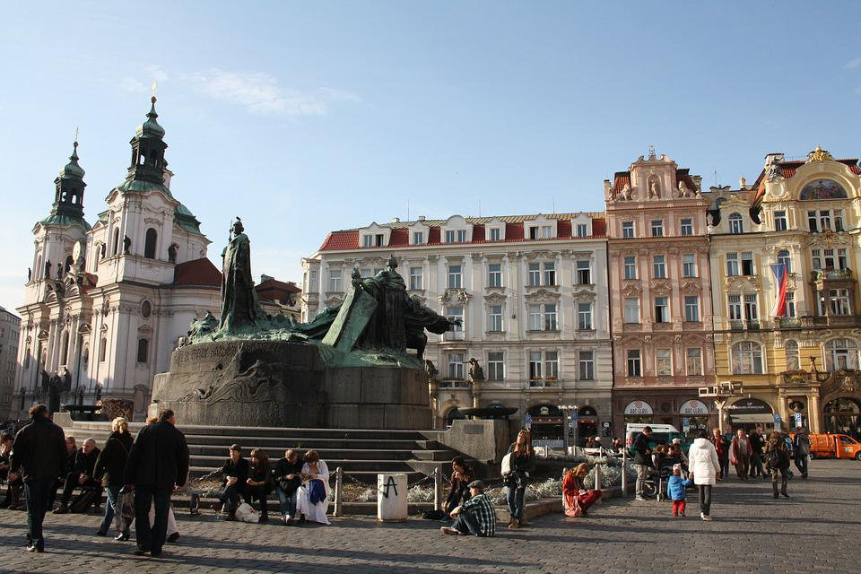 Jan-hus-monument, Old Town Square, Prague's Old Town