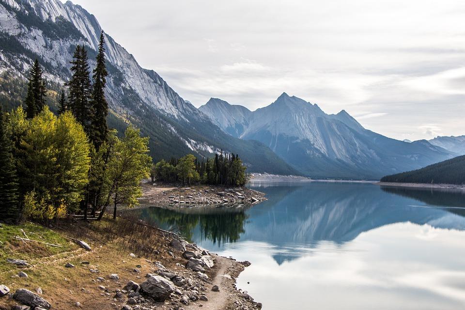 Medicine Lake, Jasper, Alberta, Canada, National Park