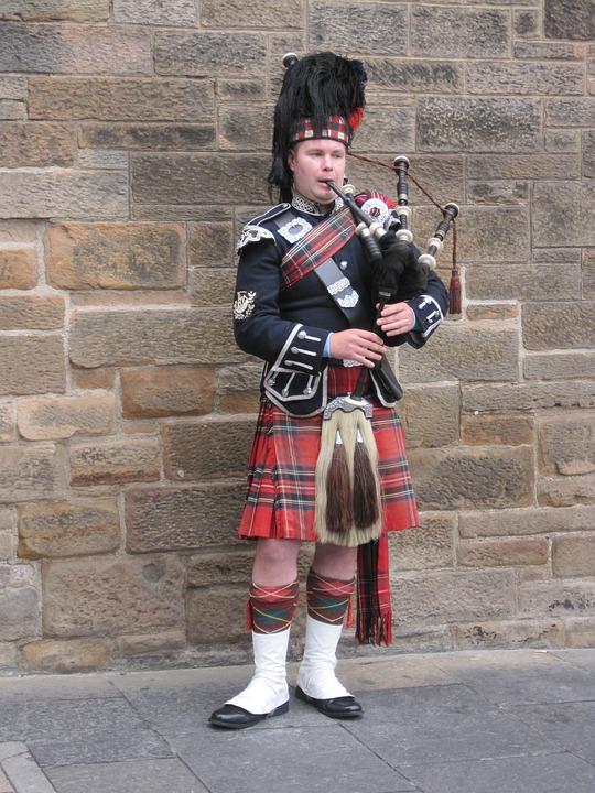 Jock, Bagpipes, Edinburgh