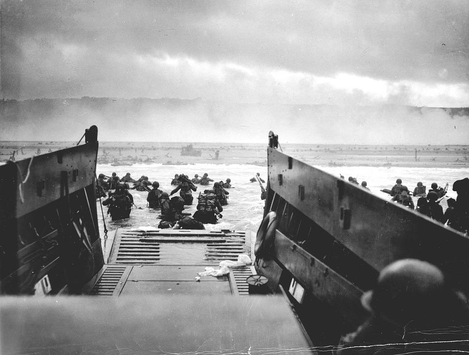 Landing, Dropship, Normandy, D Day, June, 1944, War