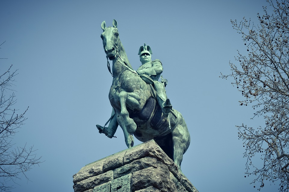 Monument, Kaiser Wilhelm Ii, Historically