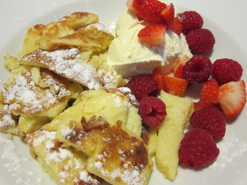 Kaiserschmarrn, Raspberries, Ice, Vanilla Ice Cream