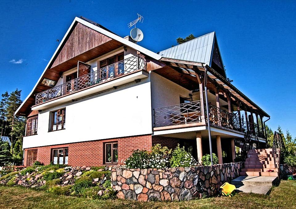Kalejty, Reserve, House