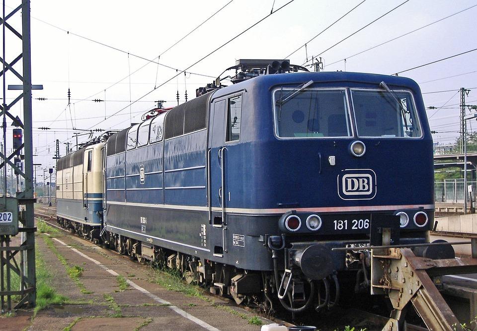 Lokraritäten, Two-system Locomotive, Karlsruhe Hbf