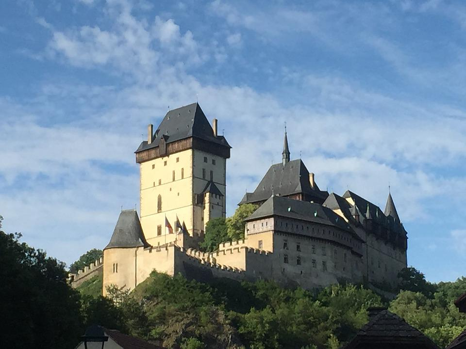 Karlstejn, Castle, Strength, The Walls Of The