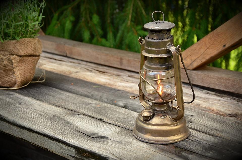 Kerosene L& Light L& Burner Lantern Lighting & Free photo Kerosene Lamp Lighting Lamp Burner Lantern Light - Max Pixel