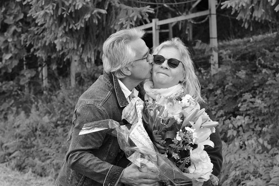 Kiss, Kisses, Affection, Black And White Photo, Love