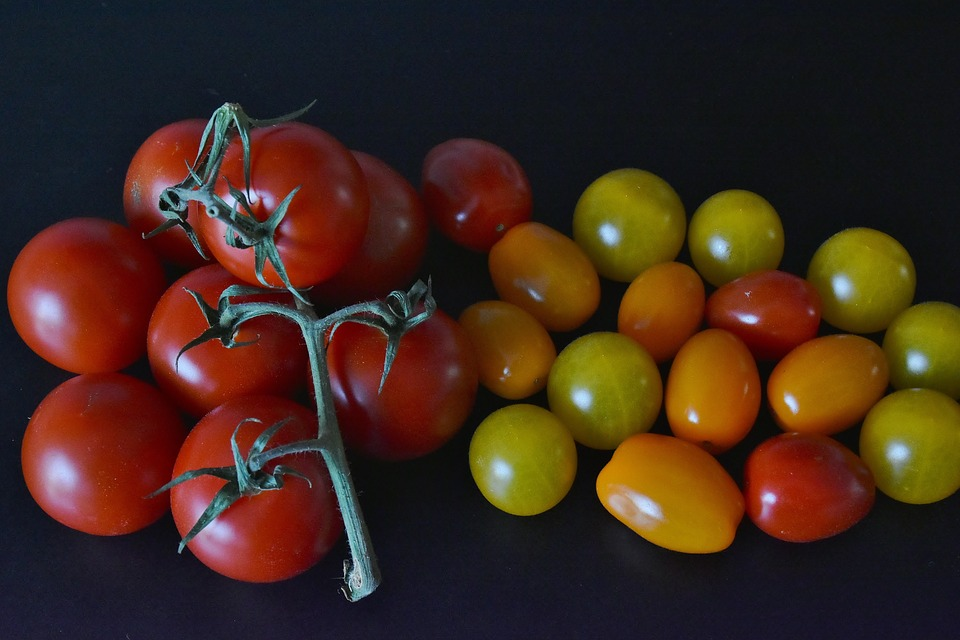 Tomatoes, Cocktailtomaten, Red, Green, Yellow, Kitchen