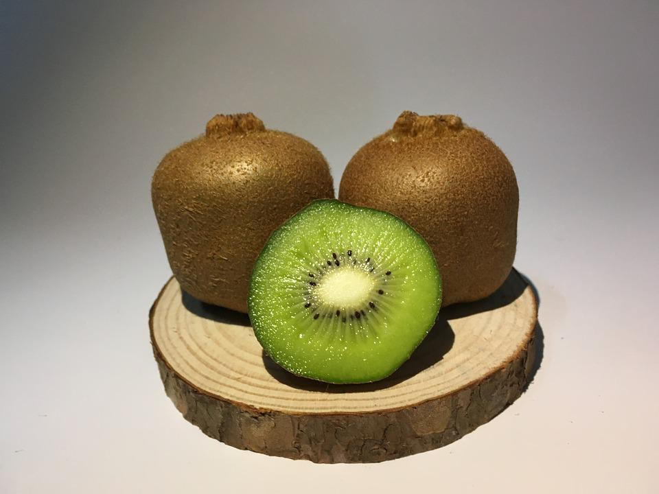 Kiwi, Kiwi Slices, Special Dumb Kiwi, Wood Base