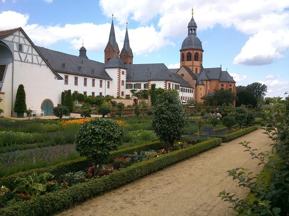 Seligenstadt, Monastery, Klosterhof