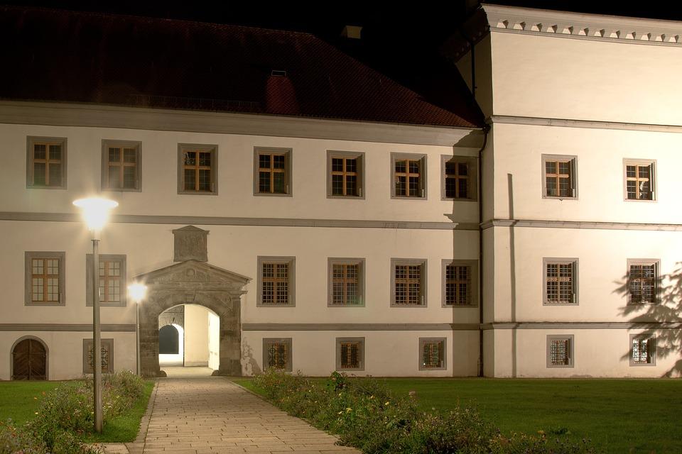 Hohenzollern Castle, Castle, Knight's Castle