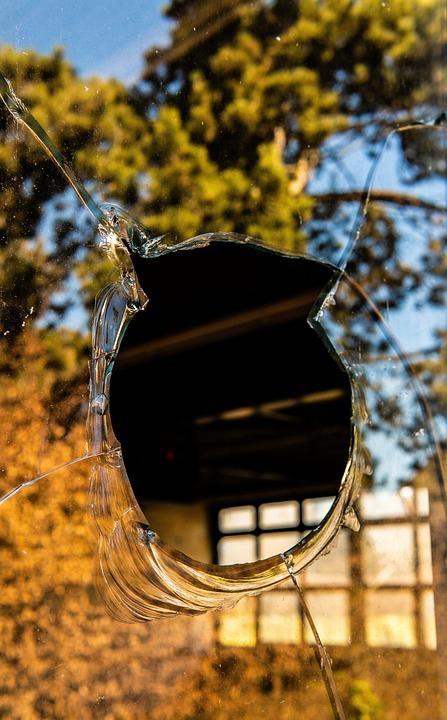 Lost Places, Kölliken, Shard, Window, Broken