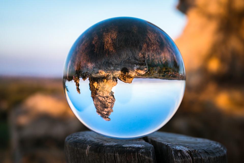 Glass Ball, Devil's Wall, Königstein, Resin