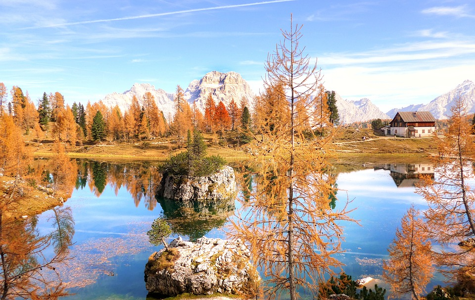 Rifugio Palmieri, Lago Federa, Dolomites, Landscape