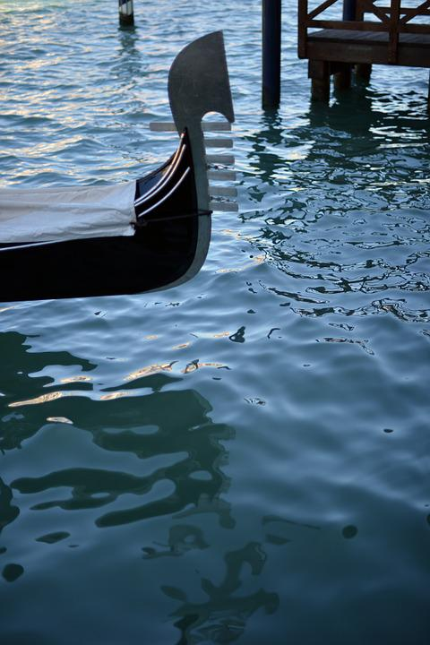 Water, Gondola, Venice, Reflection, Lagoon
