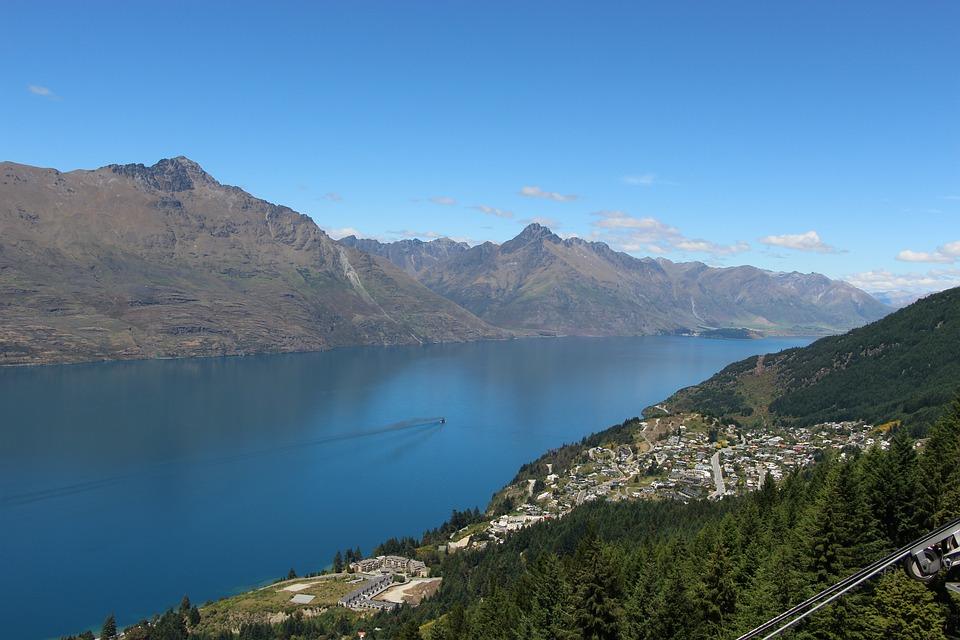 Queenstown, New Zealand, Lake, Tourism