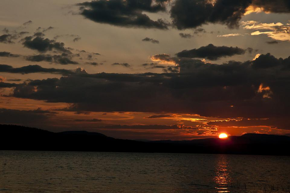 Sunset, Lake, Beaumont Provincial Park, Canada