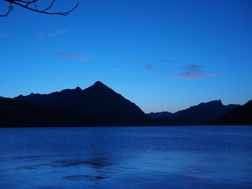 Lake Thun, Interlaken, Blue Hour, Mountains, Sneezing