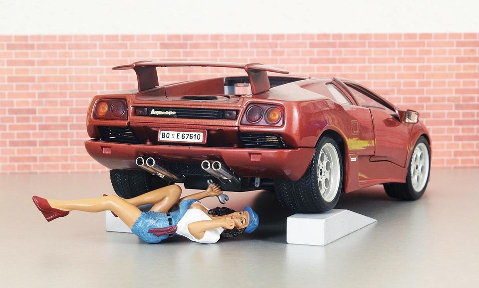 Free Photo Lamborghini Auto Mechanic Model Car Workshop