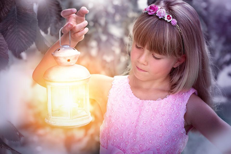 Person, Human, Child, Girl, Blond, Lantern, Light, Lamp
