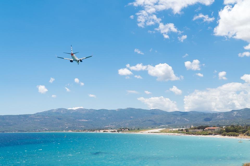 Plane, Landing, Island, Airstrip, Aircraft, Light