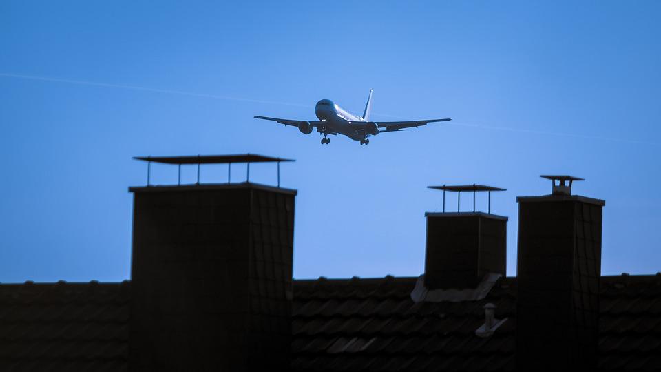 Aircraft, Roof, Fireplace, Land, Landing