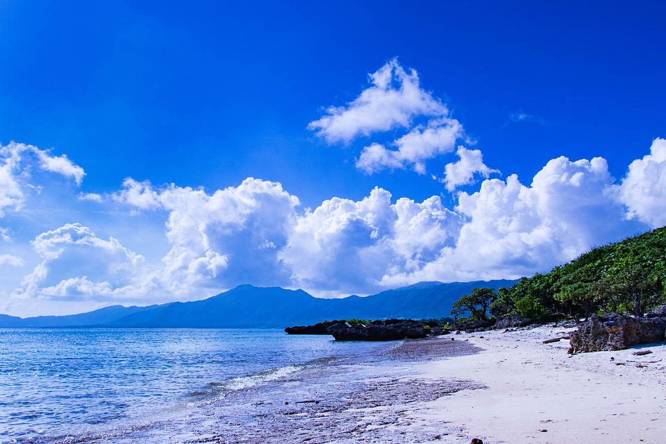https://www.maxpixel.net/static/photo/1x/Landscape-Japan-Sea-Southern-Countries-Sky-Okinawa-3421800.jpg