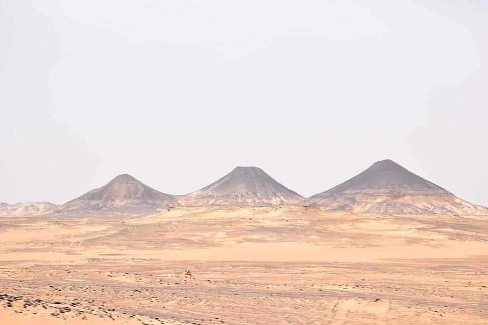Desert, Sand, Mountains, Landscape, Mountain Range