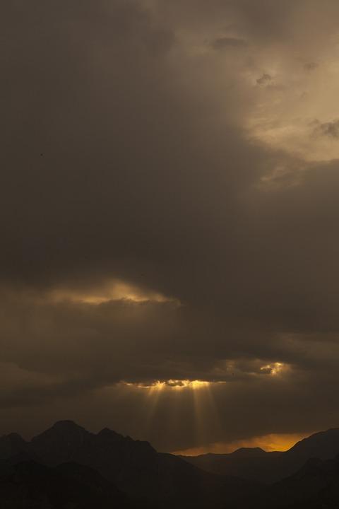 Mountain, Light, Sky, Solar, Landscape, Clouds, Nature