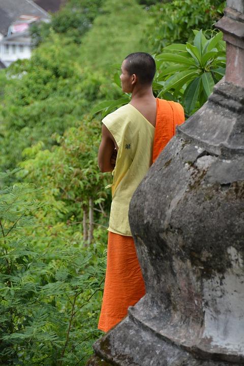 Laos, Luang Prabang, Monk