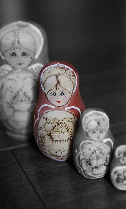 Russian Dolls, Stand Out, Different, Leadership