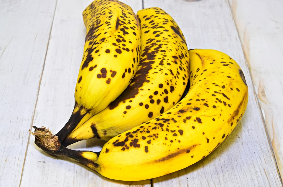 Banana, Ripe Banana, Fruit, Healthy Food, Lean, Eating