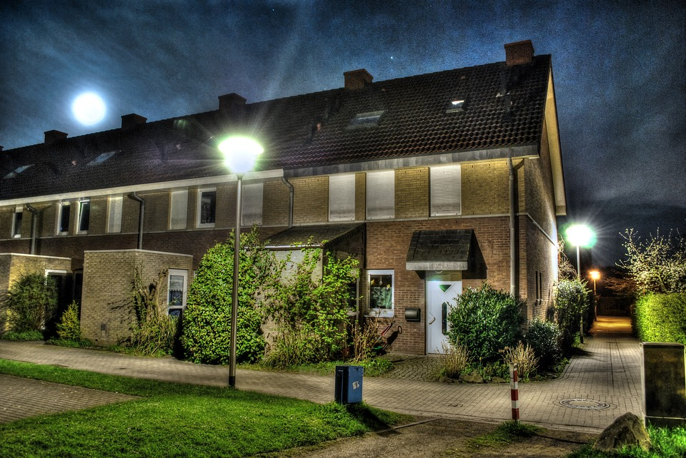Terraced House, Hdr, Night, Lichtspiel