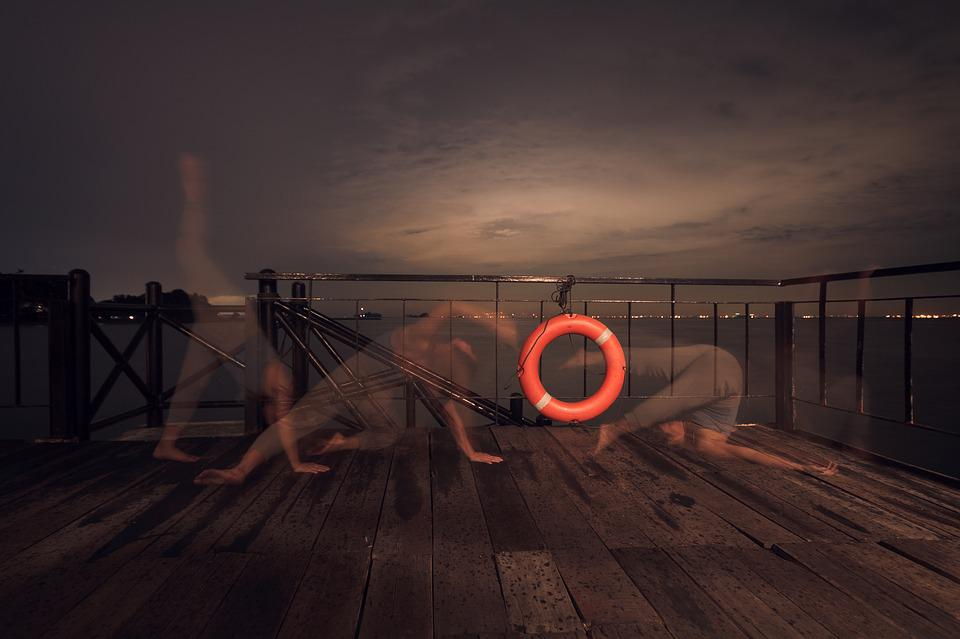 Long Exposure, Night, Lifebuoy, Arty, Pose, Dance