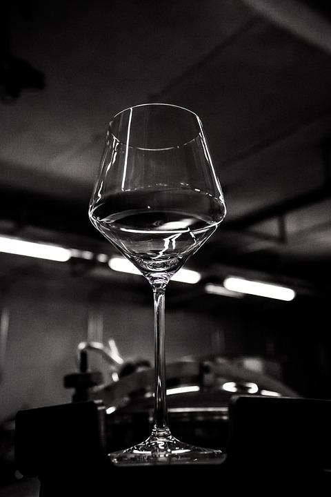 Wine Glass, Keller, Light, Shadow, Lighting