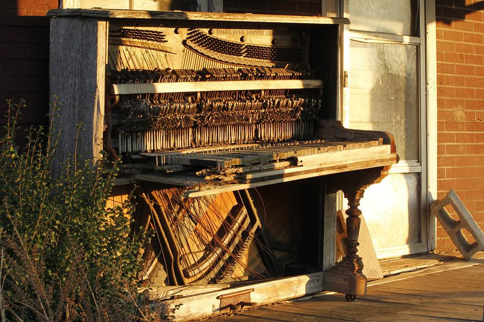 Old Building, Old Piano, Abandoned, Lighting
