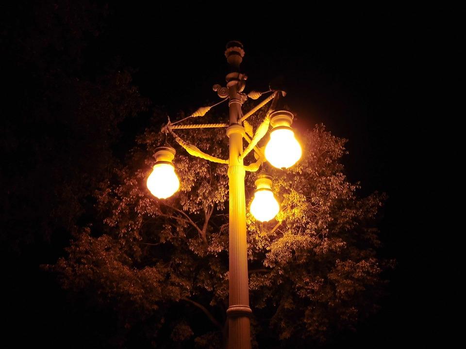 Lantern, Lamp, Lighting, Light, Old, Traditional