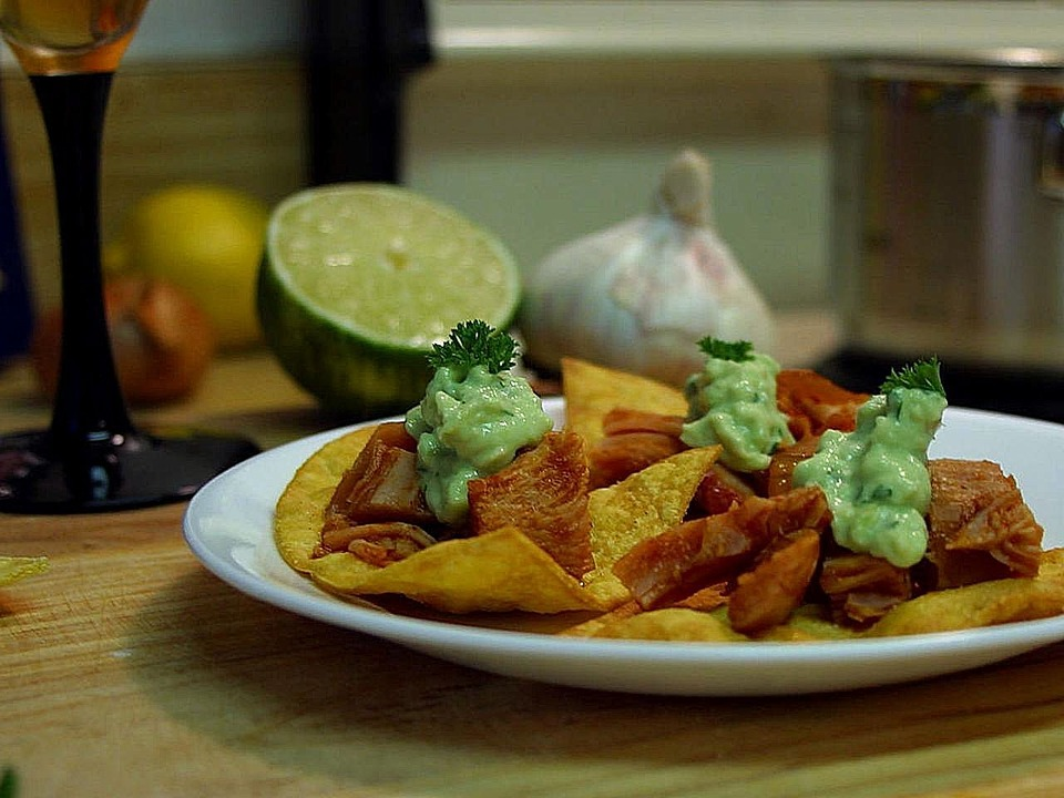 Kitchens, Garlic, Chips, Paltes, Limes, Nachos, Drink