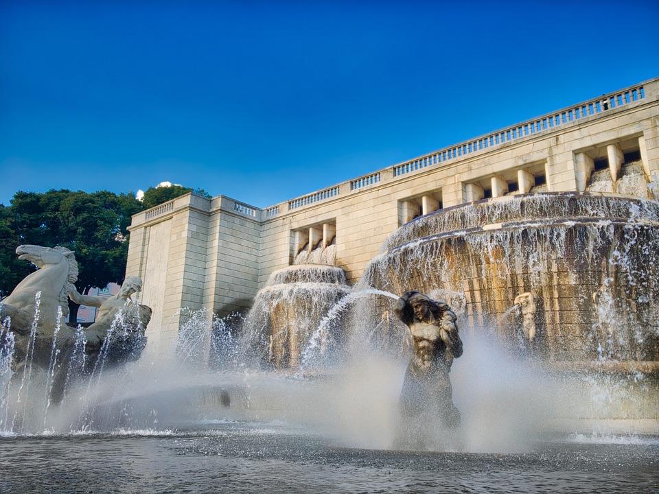 Lisbon, Fonte Luminosa, Water, Fountain, Spray, Travel