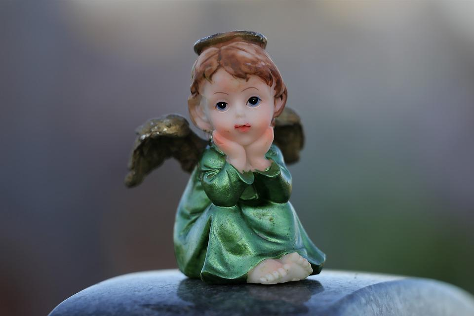 Little Angel On Childs Grave, Stop Children Suicide