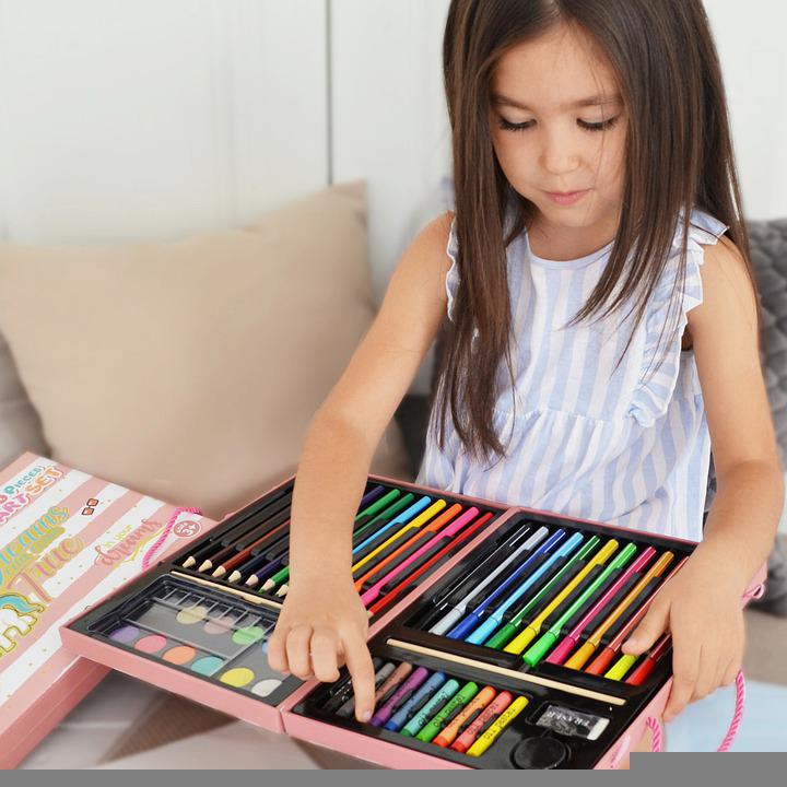 Girl, Little Girl, Art Materials, Coloring Materials